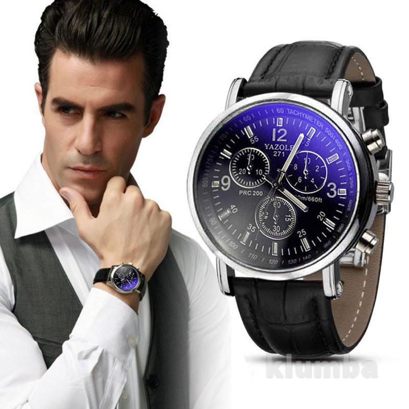 Фаворитами среди наручных часов у современных мужчин являются модели с кожаными ремешками.
