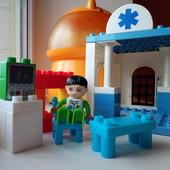 Конструктор больница из аналогов Lego Duplo 23шт.
