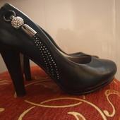 очень красивые туфли))