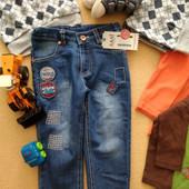 Новые классные джинсы Sani +замеры 9 мес., 12 мес.