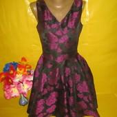 Очень красивое женское нарядное платье Mela Loves London рр 10  !!!!!!!!!