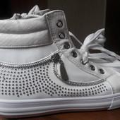 Демисезонные ботинки, кеды