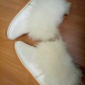Угги білі з хутром