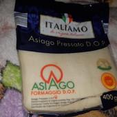 Вкуснейший сыр с Италии 400 г. Срок до 17.04