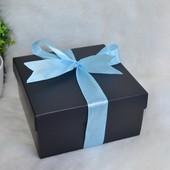 2 коробки для упаковки подарков