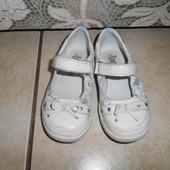 Кожаные туфли TSM в хорошем состоянии, стелька - 15см.