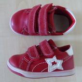 Очаровательные кроссовки для девочки 22 раз.,стелька 13.5 см. Румыния. ❥ ❥ ❤ ♥ღОтличное состояние!