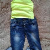 Не пропустіть Класні джинси + майка яскраво лимонна Італія