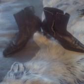 Полу сапожки кожаные на зиму размер 41 по стельке 27 см. Состояние отличное.