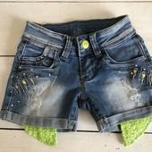 Шорты джинсовые со стразами и паетками 4 года