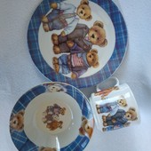 Набор посуды для ребенка.фарфор