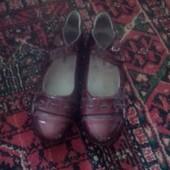 Туфли 36 размер стелька 23.5 .