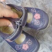 Кожаные туфельки Clarks4(20 размер)