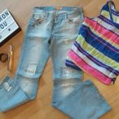 Встречаем лето в обновочках:) джинсы colins  и яркая маечка) все одним лотом!