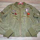 Шикарная модная курточка бомбер на 8 лет в хорошем состоянии