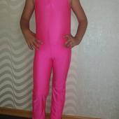 Яркий спортивный купальник Starlite для занятий гимнастикой или танцами.