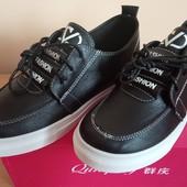 Отличные кроссовки для девочек, отличное качество р.34,35,36