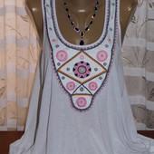 Белоснежная майка с вышивкой , р-р 52/54