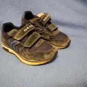 Замшевые кроссовки Geox р.30