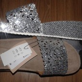 Новые шлепанцы на широкую ножку, 39 размер. Англия
