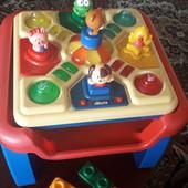 Игровой столик,Chicco Modo, Зверята,2 в 1,бу