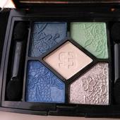 Дорогой очень качественный фирменный набор из 5-ти теней от бренда Sislay !