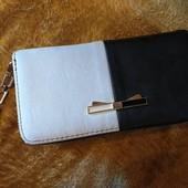 Кожаный кошелёк,вместительный