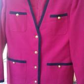 Фирменный новый пиджак цвета фуксии р. 10-12