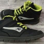 Отличные ботинки Kangaroos еврозима 39 размер стелька 25 см