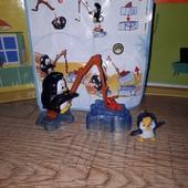 Пингвин с Киндер Махххх