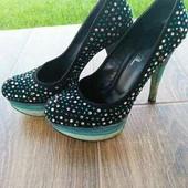 замшевые туфли 36р.