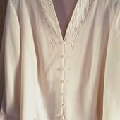 Шикарная, нарядная блуза, не сэконд и не Сток,на пышные формы.Отлично на подарок!