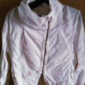 Шикарная льняная,типа куртка,очень стильная и брендовая вещь,см.замеры
