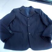 Стоп!,классика фирменный комплект пиджак+ фирменные брюки
