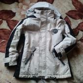 Фирменная горноголыжная куртка мальчику 140 см