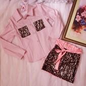 Шикарні костюми для дівчаток. Якість відмінна. Натуральна сорочка та лакова юбка. Не пропустіть!