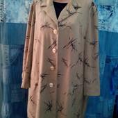 Модненькое √√ Пог 68 см √√ пальто ,без подкладочки ,в хорошем состоянии.