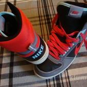 Кроссовки ботинки Nike Sensory Motion 39 разм