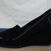 Очень классные фирменные туфли из натурального замша от TU,38p,одеты пару раз!