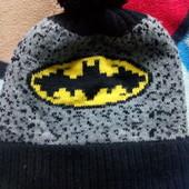 Дуже тепла шапка на флісі. На 5-7 років.