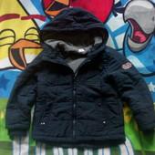 Дуже крута курточка. Фірмова . На 7-8 років.