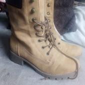 Чудові зимові чобітки в ідеальному стані. 32 р. 20.5 см.