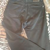 Отличные джинсы в очень хорошем состоянии - одни на выбор 30-31 р