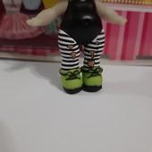 Оригинал MGA!!В лоте только обувь для куколки Bhaddie.