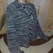 Красивый, шикарный свитерок,L.