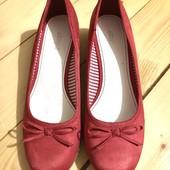 Красивые туфельки на платформе.стелька 26см