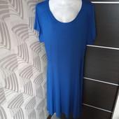 Фирменное трикотажное красивое платье в отличном состоянии р.18-22