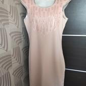 Фирменное красивое трикотажное платье расшитое пайетками р.12-14 состояние новой вещи