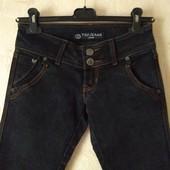 Новые классные фирменные зауженные джинсы xs-s, см. Описание