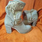 Чудові черевички на весну, 36 розмір